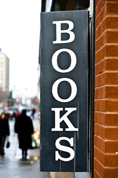 How Authors Can Sell to Bookstores, Plus Free Bookstore Consignment Agreement