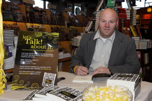 author darren neuberger, signing books