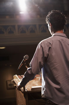 How authors can break into professional speaking